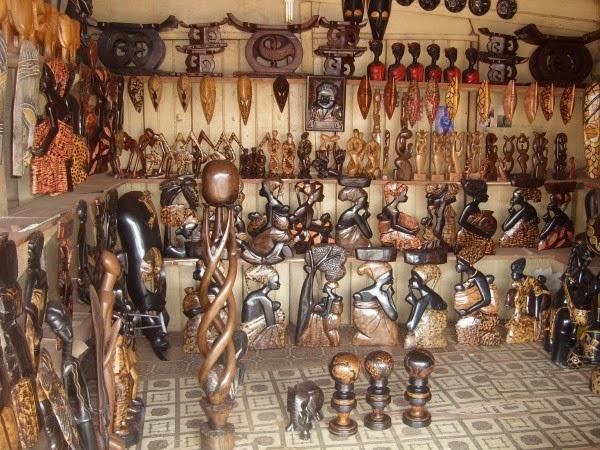 Ahwiaa-Ghana-wood-shop