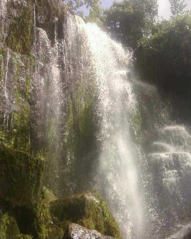 Nchira-falls